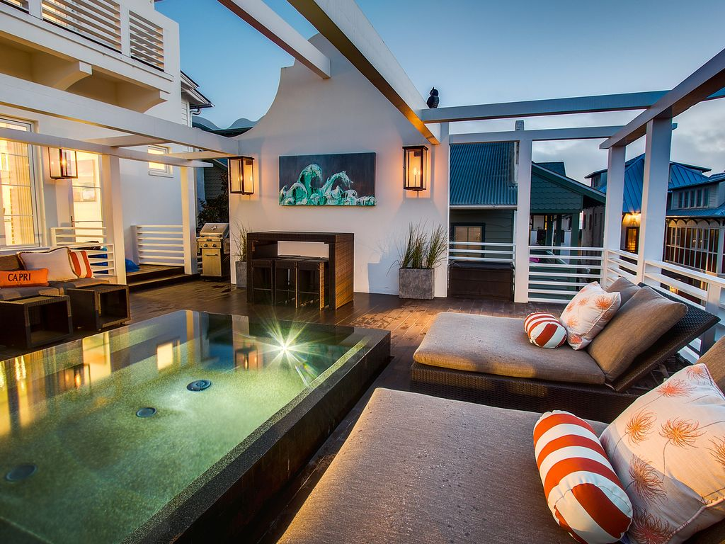 15 Off June Amp July Only Sky Deck With 2nd Story Pool