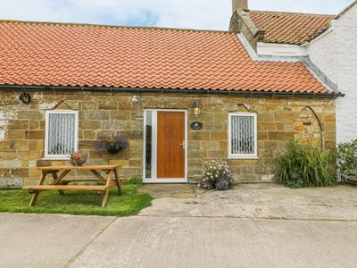 Photo for MILTON COTTAGE, family friendly in Hawsker, Ref 979524