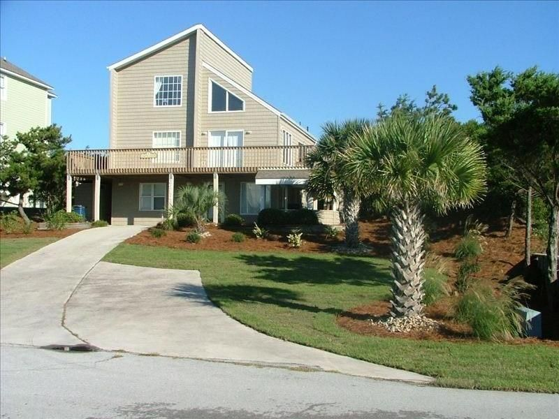 Gorgeous Elevated Ocean Views, 2nd Row, ask about reduced rates for late  summer - Emerald Isle