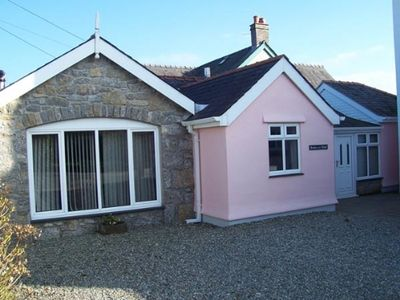 Photo for Isle of Anglesey 5 star Coastal Cottage. Walking Distance to Benllech Beach, Cafes etc.