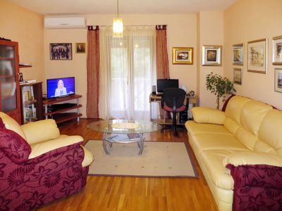 Photo for Apartment Mira (BRC151) in Brac/Splitska - 6 persons, 3 bedrooms