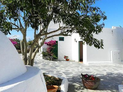 Photo for Beautiful Home With Terrace, Great Volcano Views, Garden & Wi-Fi; Parking Available