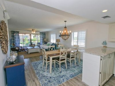 Photo for 2BR Condo Vacation Rental in Holmes Beach, Florida