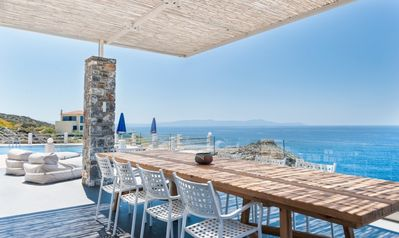 Photo for Holiday villa Penelope perched on the edge of the sea