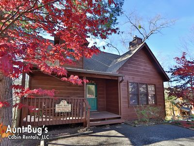 Photo for Gatlinburg log cabin 1 mile to Arts & Crafts Community/3 miles to Downtown