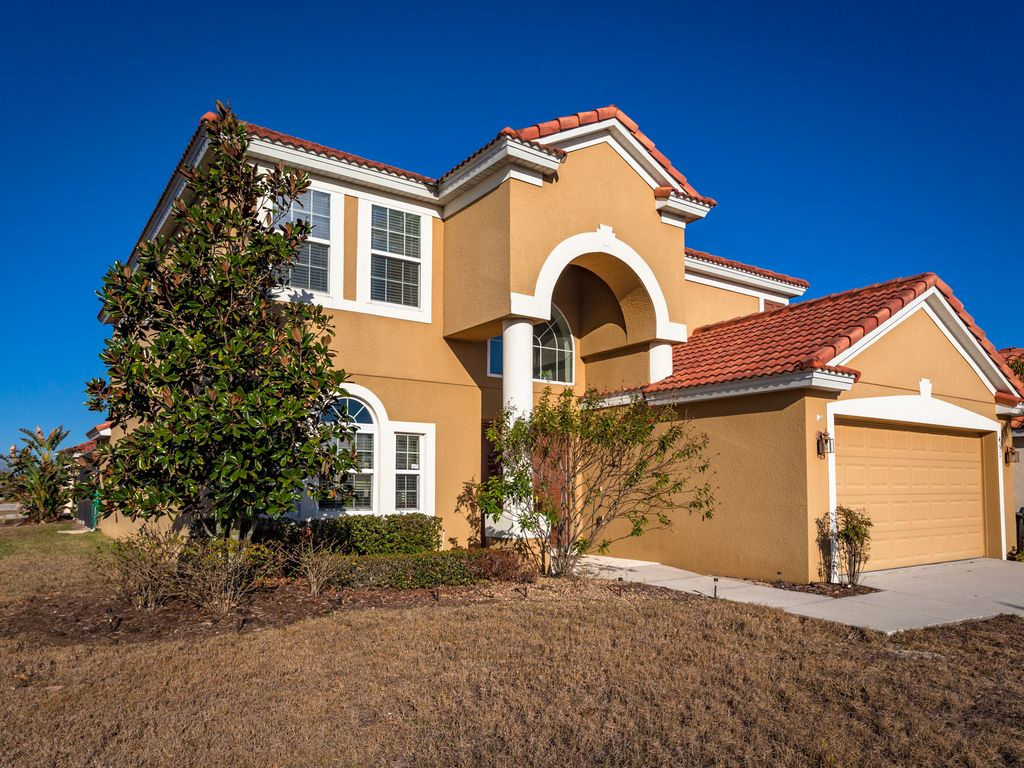 Reve getaways play in orlando from the comforts of this 5 bedroom vacation rentals in orlando