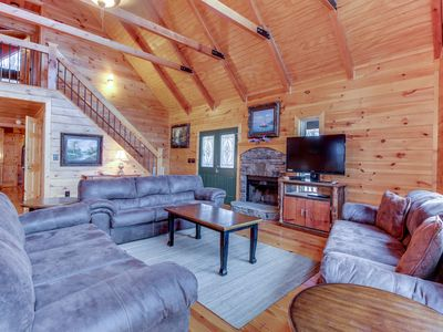Photo for Lakeview lodge with two decks, pool table, hot tub & shared swimming pools