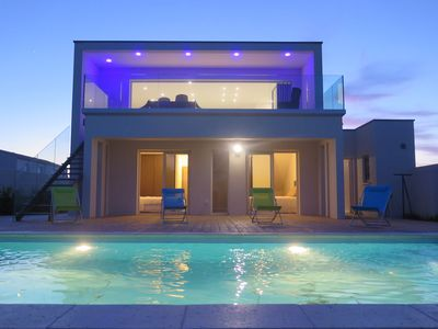 Photo for luxury villa, quiet, private heated pool, 1.3km from the sea