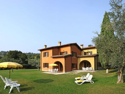 Photo for 2 bedroom Apartment, sleeps 6 in Castelnuovo di Verona with Pool, Air Con and WiFi