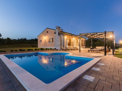 Photo for Villa Elida in Pazin, 6 people, private pool, BBQ, best choice for families