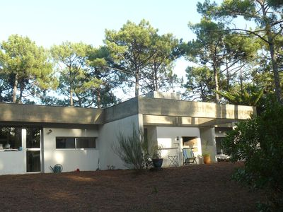 Photo for Villa of architect in peace in greenery port of the vine cap ferret