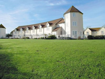 Photo for 3 bedroom property in Cirencester. Pet friendly.