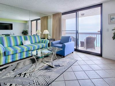 Photo for Bright & welcoming top-floor condo! gulf-front views! Kid's splash pad on-site!