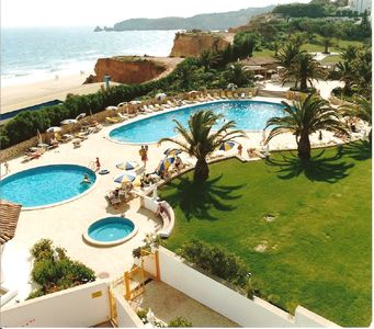 Photo for Holiday apartment in Jardim do Vau **** on the beach