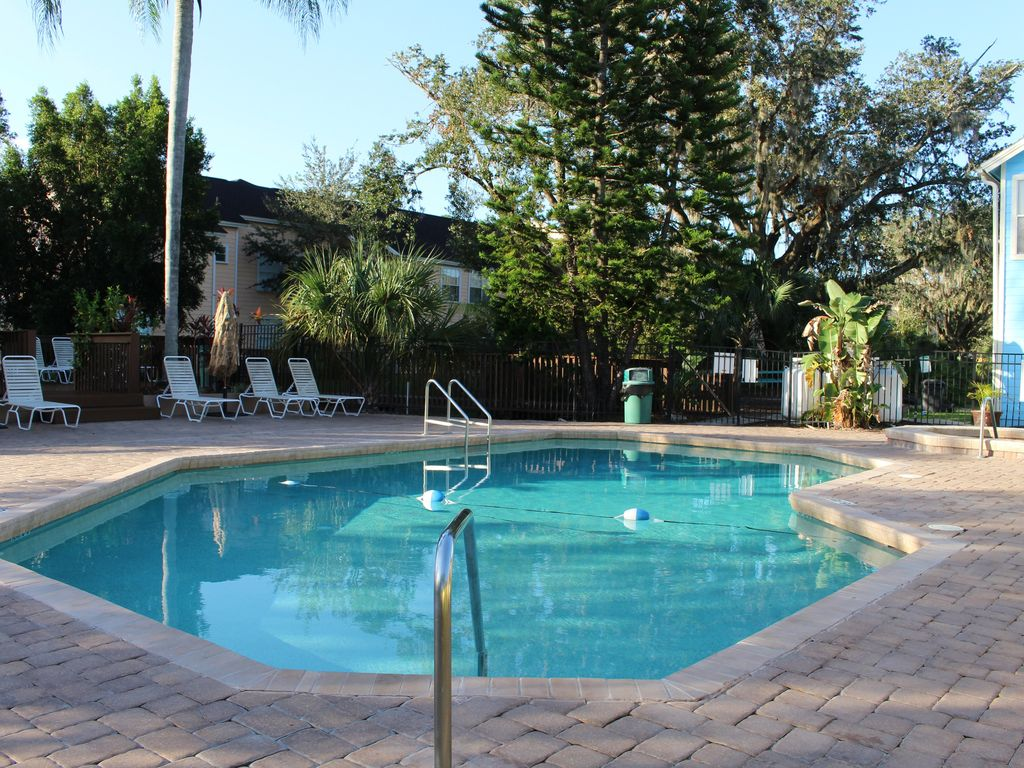 Cozy 3 Bedroom Vacation Villa Near Disney Kissimmee