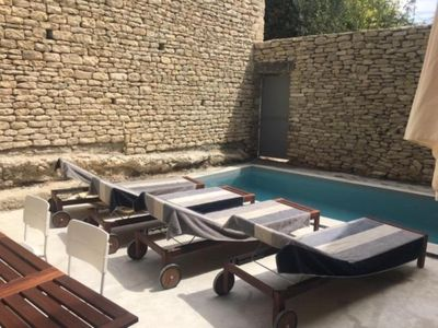 Photo for Panoramic view, swimming pool, air conditioning, heart of Gordes / 8P