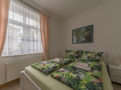 Photo for Dresden Gruna - Inviting apartment for up to 3 people