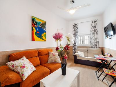 Photo for Charming Apartment in Central Location Close to Beach; Pets Allowed