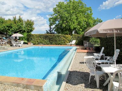 Photo for Cosy apartment in villa for 6 people with pool, A/C, WIFI, TV, pets allowed and parking