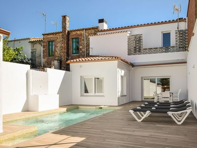 Photo for Authentic, modern and wheelchair friendly holiday home with private pool