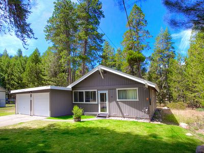 Photo for Forest Cabin, Pet Friendly w/Fireplace and BBQ By Hiking and Biking (COH0731)