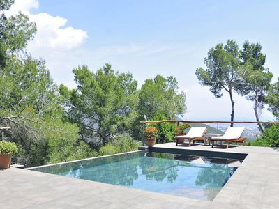 Photo for Villa in the hill with pool & nice view