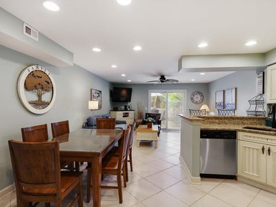 Photo for Beautiful villa just steps from the best HHI beaches, pool & so much more!