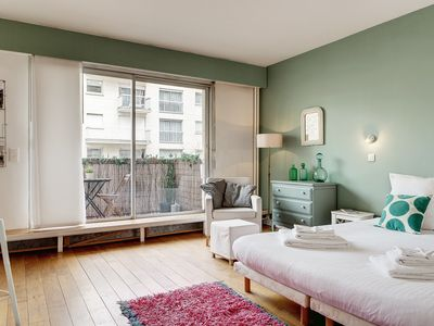 Photo for Studio two minutes from the Eiffel Tower, perfect for a romantic stay
