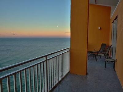 Photo for Splash Sandcastle Penthouse-Amazing Views-Free Beach Chair Set-Up