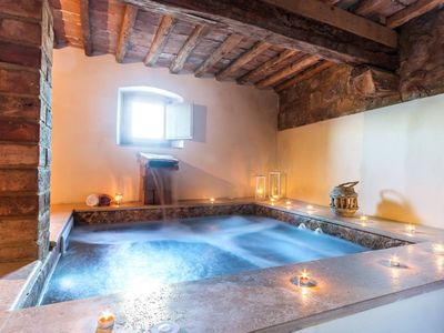 Photo for Luxury 9 bed Tuscany villa with pool and spa