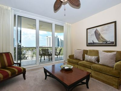 Photo for Fully equipped, open-concept condo w/private balcony! 🌴