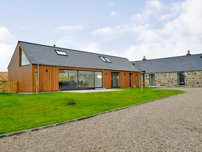 Photo for THE STEADING, pet friendly, with hot tub in Westhill, Ref 1011360