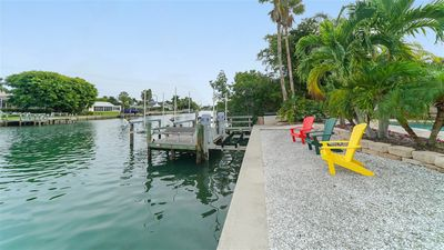 Fabulous refurbished coastal pool home on Lido Key seconds from St. Armand's Circle