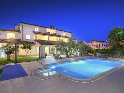 Photo for Apartment Porec for 2 persons with 1 bedroom - Holiday in Villa