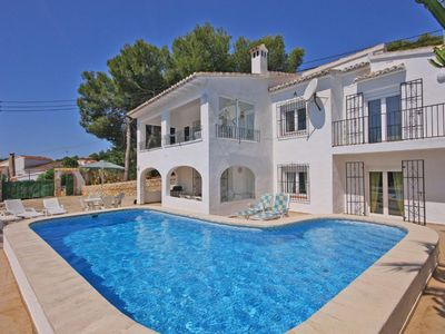 Photo for Beautiful villa for 12 people, private pool, located 1.3 km from the beach