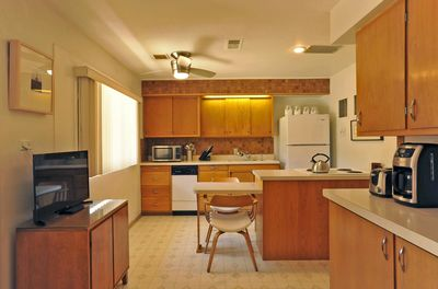 Full kitchen with all the amenities you need!