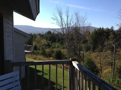 Photo for Warm, Open, Comfortable 3Br 3Ba Fully Renovated Condo, Minutes To Ski Slope