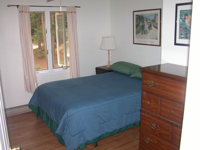 Smallest Bedroom lake/mountain view-highland lake waterfront - vrbo
