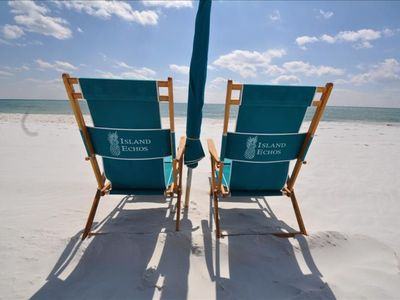 Photo for Cheerfully Decorated Condo - Free Beach Chairs & Umbrella