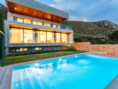 Photo for EXCLUSIVE VILLA OVERLOOKING THE BAY OF Puerto Pollensa