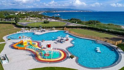 Photo for Luxe Sanitary 5 pers. Villatent in Sardinia with Spray Park and Near at Beach