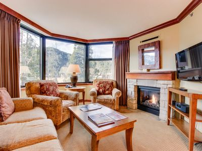 Photo for Lovely ski-in/ski-out plus shared hot tub, pool, and spa access!