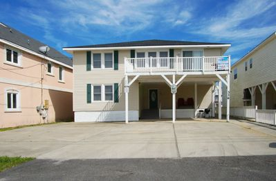 Photo for The PAR 6 is a spacious 6BR waterfront home with two large living areas