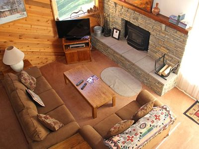 Photo for 2 Bedrooms & Loft, 3 Full Bathrooms, Sleeps 8, Three Levels to enjoy your Mammoth Lakes Vacation