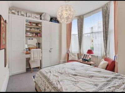 Photo for Lovely 1 bedroom apartment-close to west hampstead station