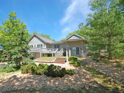 Location, Location! Large Home on Lake Michigan. Walk to Glen Arbor!