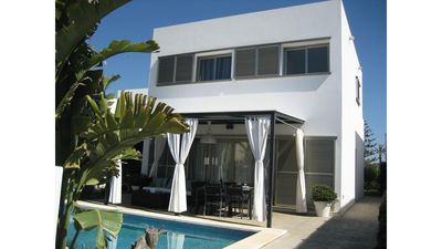 Photo for VILLA LA MAR - Villa with Wifi, Close to the beach, barbecue and private pool.