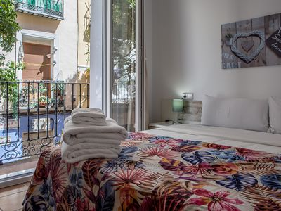 Photo for Lovely 3Bed in Madrid City Center - 3 min from tube