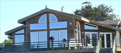 Luxury Beach Front Home near Bandon Dunes