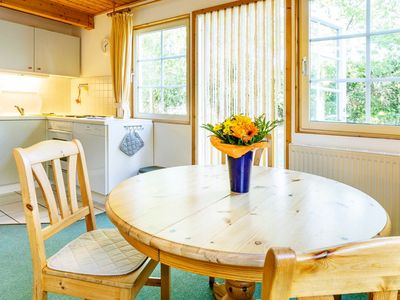 Photo for Holiday house Weihe, terraced house, 4 people, GS, terrace (5) - Feriendorf Müritzufer